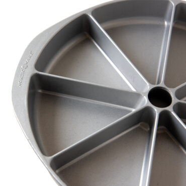 Scottish Scone & Cornbread Pan Product Image, Up close Top view