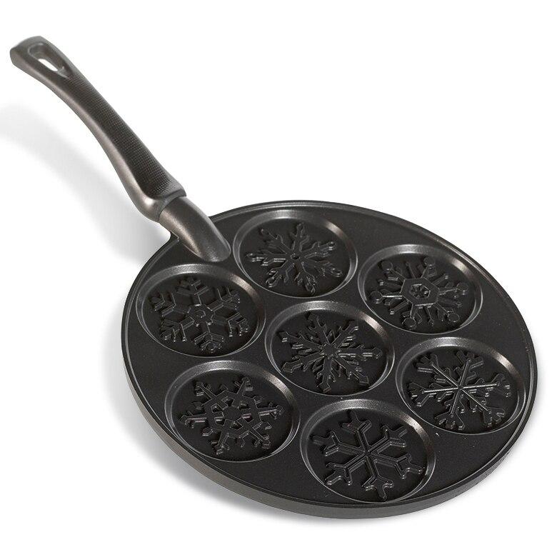 Falling Snowflake Pancake Pan