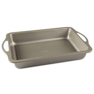 "Treatâ""¢ 9""x 13"" Cake Pan, textured bottom and handles"