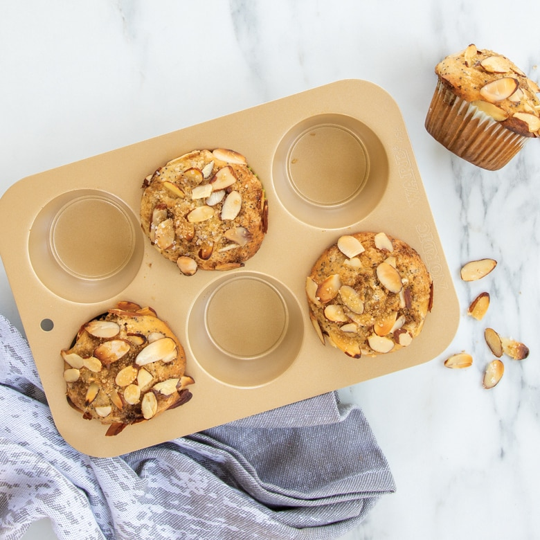 Nonstick Compact Ovenware Muffin Pan