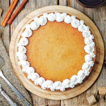 Naturals® High Dome Covered Pie Pan