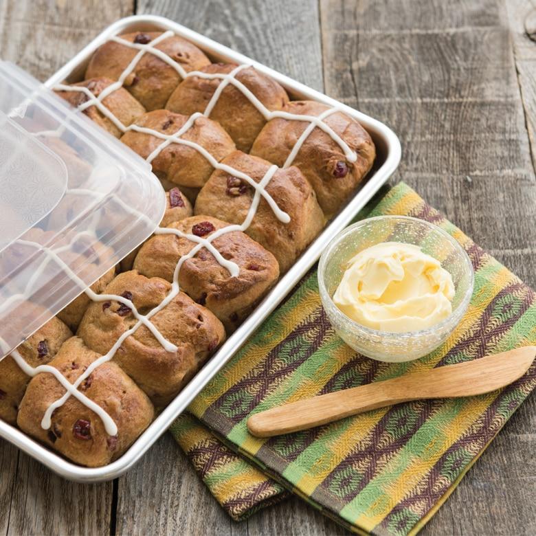 Naturals® Baker's Quarter Sheet with Lid
