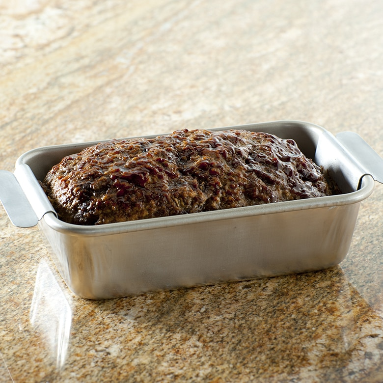 Naturals® Meatloaf Pan with Lifting Trivet