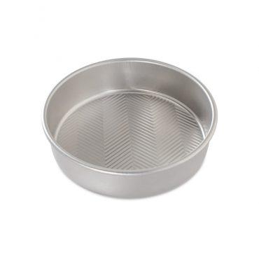 """Prism 9"""" Round Cake Pan"""""""