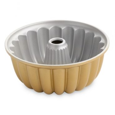 Elegant Party Bundt® Pan, nonstick interior