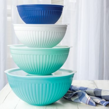 Stack of all 4 bowl sizes with lids