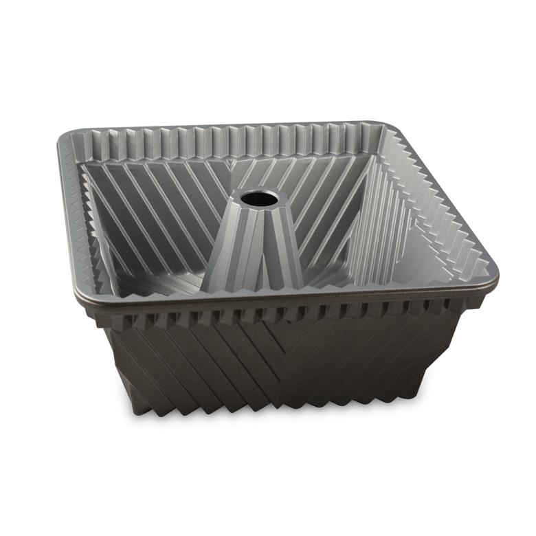 Bundt® Squared Pan