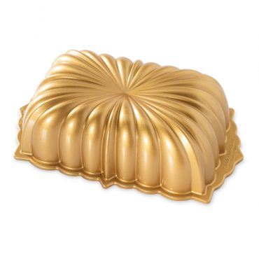 Classic Fluted Loaf Pan, gold exterior