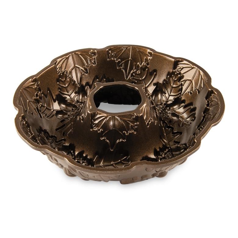 Autumn Wreath Bundt® Pan