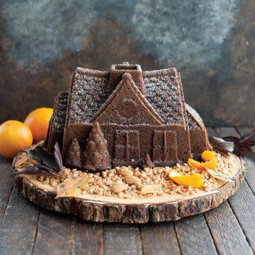 Gingerbread House Bundt® Pan