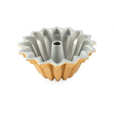 Lotus Bundt® Pan, silver nonstick interior