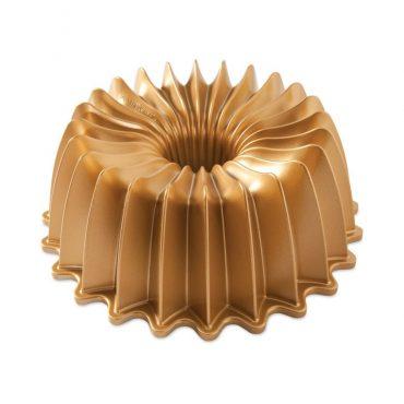 Brilliance Bundt® Pan, gold exterior