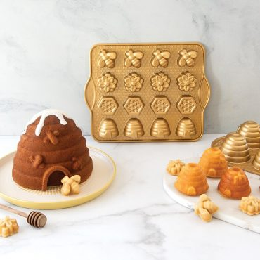 Bee -themed group image with beehive cake, beehive cakelets and bee bites