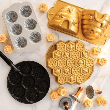 Bee Pan collection inlcuding Bee Pancake Pan and three other bee themed cake pans.