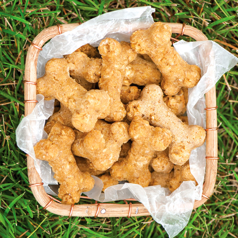 Peanut Butter Doggie Biscuits