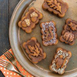 Mini Harvest Spice Cakes