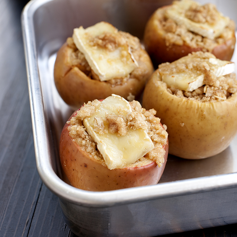 Baked Apples with Brie