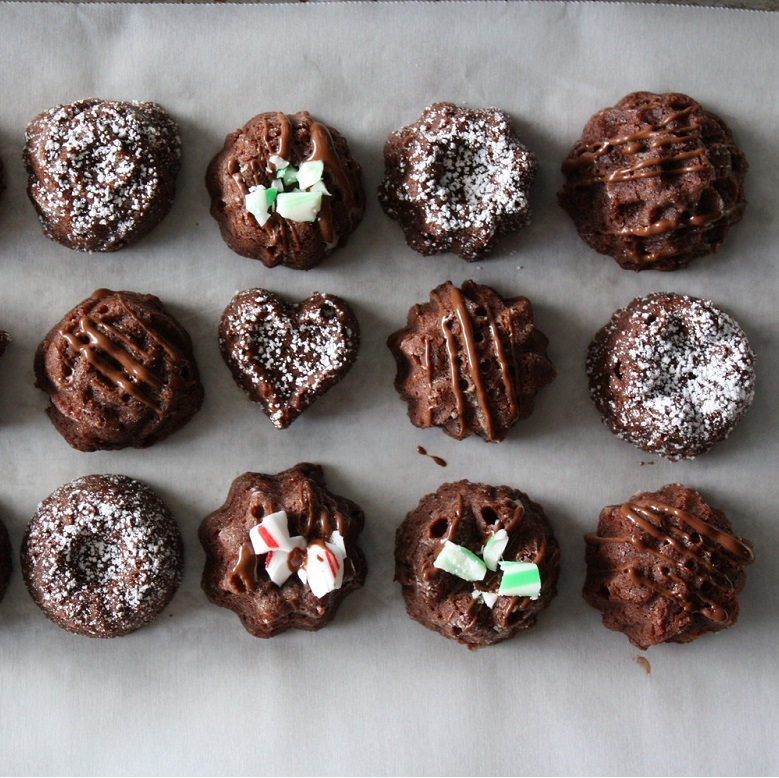 Brownie Bites with Mint Drizzle
