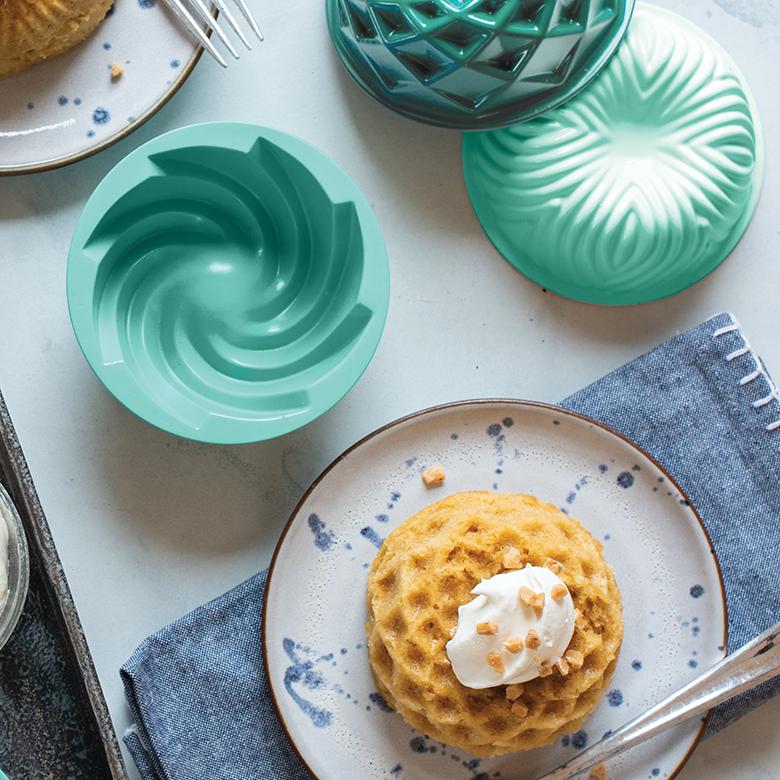 Single Butterscotch Micro Bundt® Cake