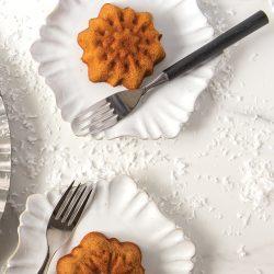 Honey Butter Glazed Mini Snowflake Cakes